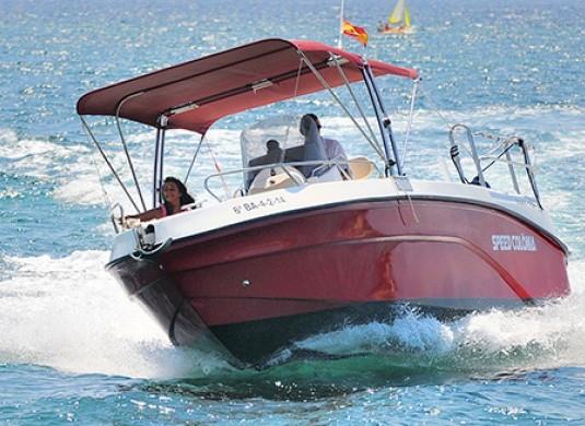Privatboot nach Insel Cabrera